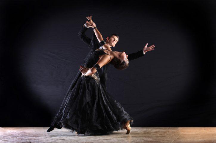 Tanzstunden für Paare: Ein Schritt, der Ihrem Leben und Tanzen Anmut verleiht